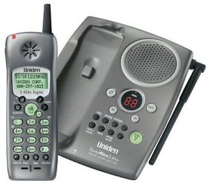 Uniden TRU-448 2.4 GHz Caller ID and Answering System