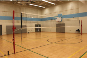 ~~ Volleyball intérieur  ~~ 8$  pour 2 heures