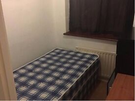 Small Room To Rent, All Bills Included, Wifi, 5 Minutes Walk To Bus and Underground Safe Clean Area