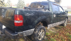 2005 Ford F-150 SuperCrew Pickup Truck Parts