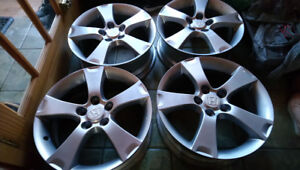 4 MAGS GRIS 5X114.3