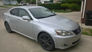Lexus IS250 2006 with very low KM, w/ Inspection Report