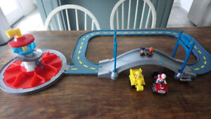 Paw Patrol Lookout Launch and Roll Track
