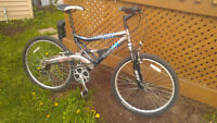 VELO MONTAGNE DOUBLE SUSPENSION 21 SPEED LIKE NEW GRAND TALL