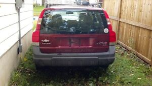 Volvo V70 xc awd california car for parts only London Ontario image 2
