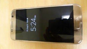 Samsung Galaxy S7 Gold (Platinum) in Beautiful Condition