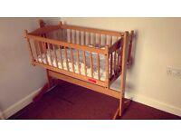 Swingin crib