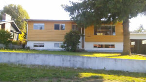 HOUSE 3 BEDROOMS CLOSE TO UNIVERSITY OF THE FRASER VALLEY