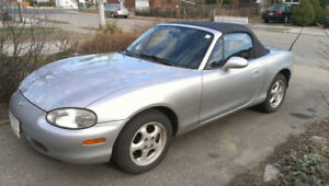 LIKE NEW 2000 MAZDA MIATA MX-5 LOADED