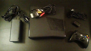 Used Xbox 360 Slim + Controller + 20 Games + TV London Ontario image 5