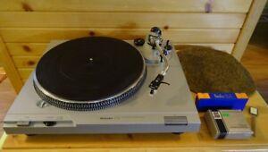 TECHNICS SL-D2 avec accessoires