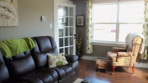 Stunning 4 bedroom bungalow with in-house garage in Paradise St. John's Newfoundland image 7