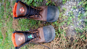 Work boots size 9 worn once