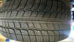 2 pneus hiver 225/40R18