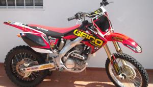 Pièce crf250 2008