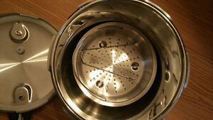 new stainless steel pressure cooker Kitchener / Waterloo Kitchener Area image 3