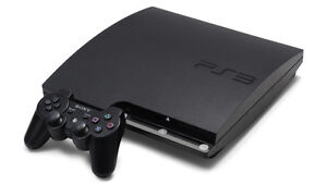 PS3 Slim + 2 controllers