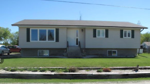 Great home in Gladstone!