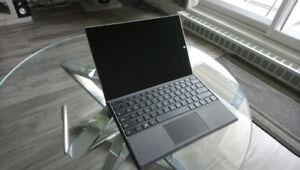 Surface Pro 3 i5 4 GB 192 GB de stockage avec clavier et crayon!