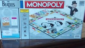 Collectors - BEATLES MONOPOLY  Board Game