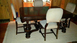 Art Deco Antique Dining Set: Table, 6 chairs, credenza