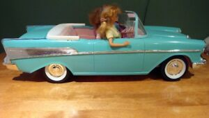 Vintage 1957 Chevy Bel Air Convertible Car with 2 Barbie Dolls