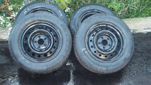 NISSAN ALTMIA or FORD FUSION  SNOW TIRES AND RIMS