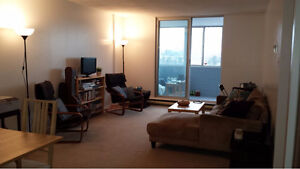 1 Bedroom for Rent (May-Aug) - Downtown Ottawa!