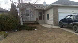 5bdr 3 bath House for Rent Ab side