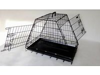 Car Dog Cage sloping to fit Hatchbacks Pyramid