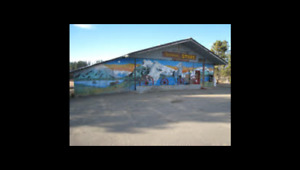 PROFITABLE Country General/Liquor Store with Residences.