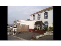 Cornish cottage Newquay, 5 min walk to beaches and town centre