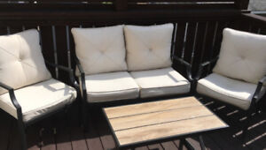 Patio love seat, 2 chairs and coffee table