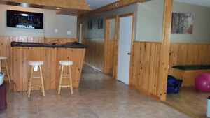 4 bedroom bungalow with garage & ocean view *Admirals Beach* St. John's Newfoundland image 9