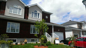 large 3 bedroom duplex in Le Plateau