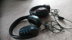 Red or Blue Gaming Headphones w Microphone!