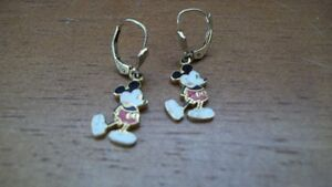 MICKEY MOUSE DISNEY PROD EARRINGS PIERCED DANGLING CUTE
