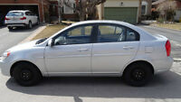 2009 Hyundai Accent Auto GLS Sedan Includes Dealer Warranty