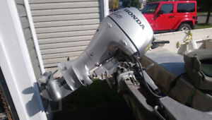 9.9 Honda outboard with short shaft, and electric start.