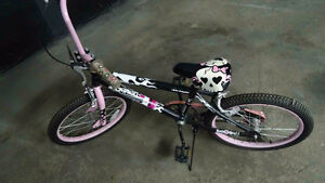 Girl's Bike - excellent condition