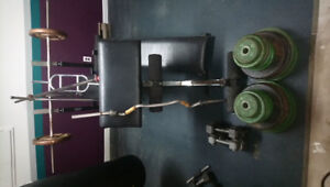 Weight set with 550lbs of weight for sale