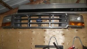 1992 - 1996 Ford F series grille London Ontario image 1