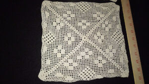 2 Italian handcrafted vintage ivory rectangles crochet lace - 32