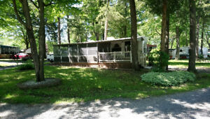 SPECIAL 19,500$ - Roulotte Franklin 35 pieds - Camping Bromont
