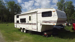 1993 golden falcon 5th wheel camper for sale