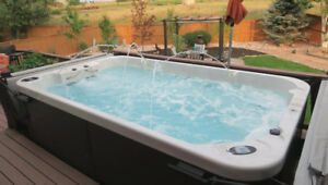 FALL CLEARANCE-ALL SWIM SPAS & HOT TUBS MUST GO!!!