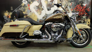 2014 Harley Road king. Everyones appoved. Only $349 per month