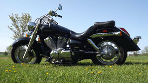 Honda Shadow, vt750 2006 Mint shape NEW PRICE
