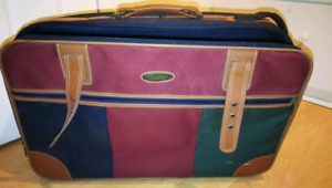 Valise Antique/Retro Suitcase Marque : Heyden! 15$ ONLY!!