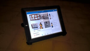 iPad 2 / 16 Gig / Wifi / Otterbox Defender Case $100 FIRM